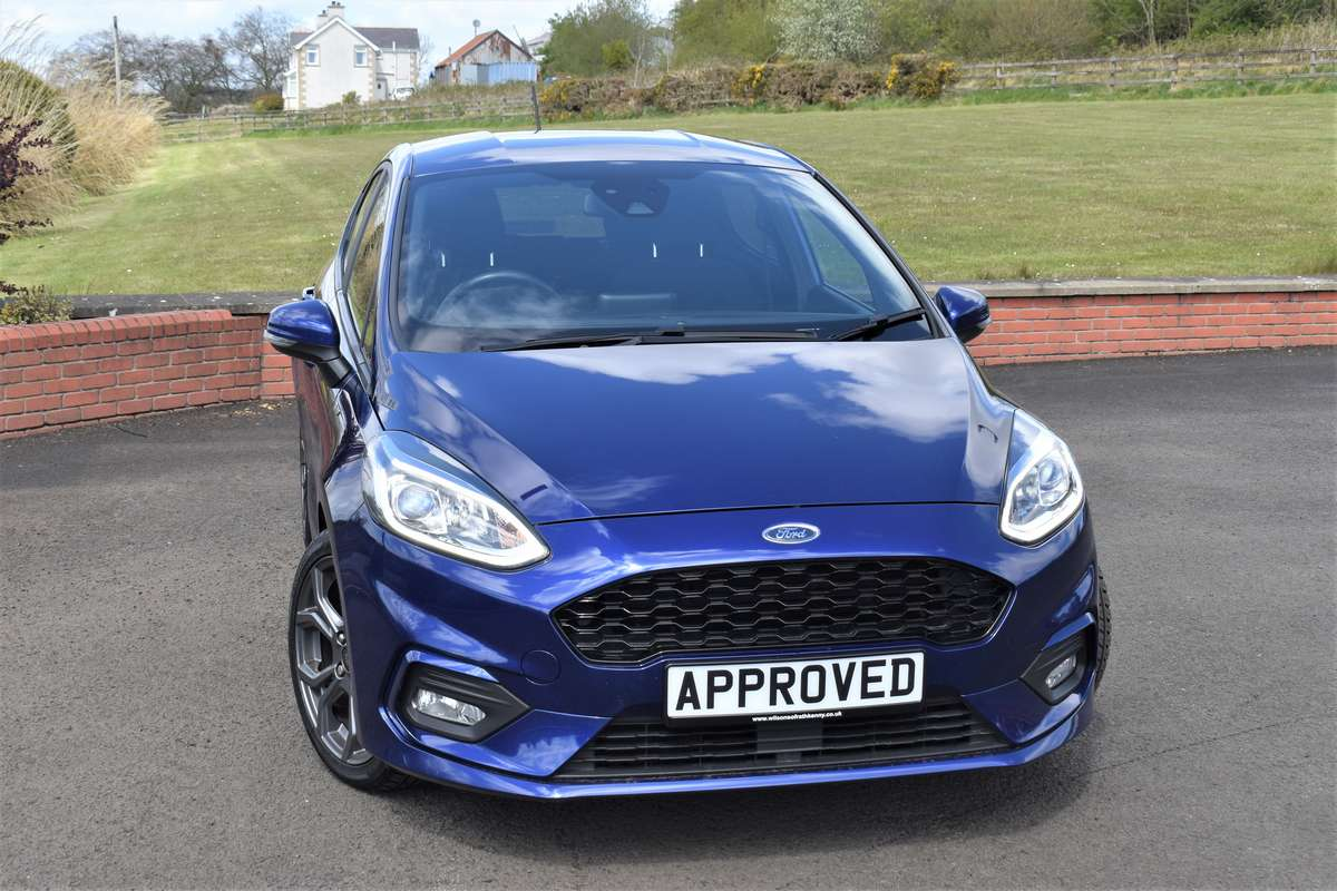 Ford FIESTA ST-LINE TURBO